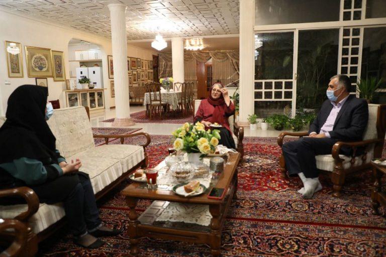 مهرزمان فخارمنفرد
